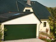 Garage aus Chemnitz mit Solar- / Photovoltaikanlage