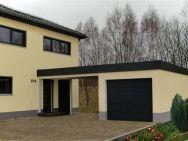 Garage Chemnitz mit Hauseingangsüberdachung